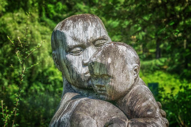 Sculptura familiala in psihodrama: o relatare